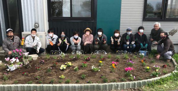 キレイに咲く花たちに元気をもらって今年もがんばろー!!